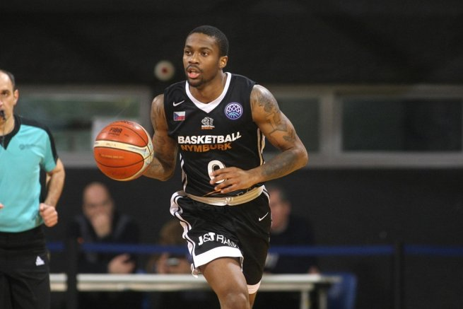 Kendrick Ray (0), ČEZ Basketball Nymburk, CZE) (Foto: fiba.basketball)