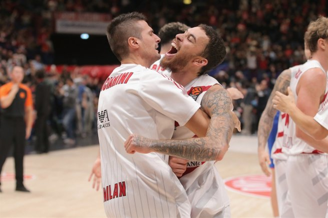 AX Armani Exchange Olimpia Milano (ITA) vs. Anadolu Efes (TUR),  Mike James (2) (Foto: euroleague.net)