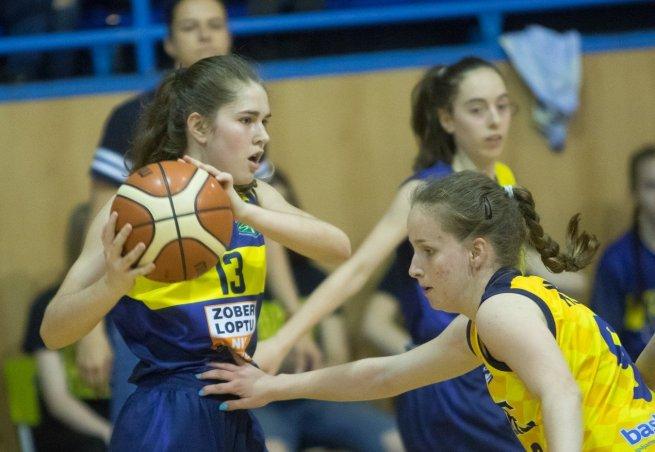 Nina Majorošová (13), YOUNG ANGELS U16 Košice (Foto: Jäzva)