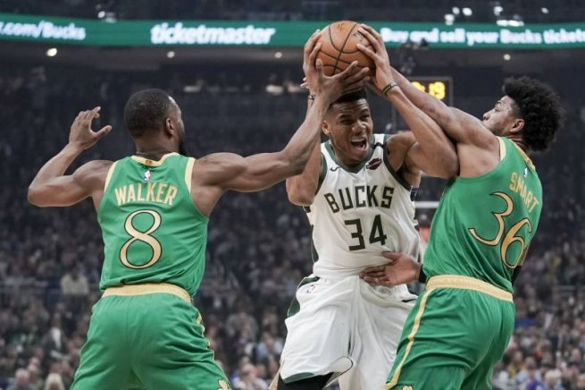MIL Bucks vs. BOS Celtics, Giannis Antetokounmpo (34) (Foto: Morry Gash / Associated Press)