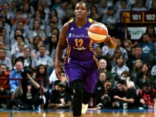 Chicago Sky podĺahli Los Angeles Sparks