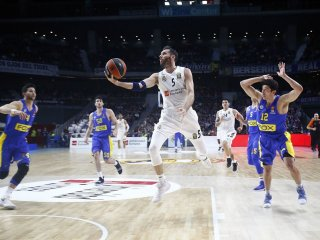 VIDEO: Real Madrid vyhral doma nad Maccabi Tel Aviv